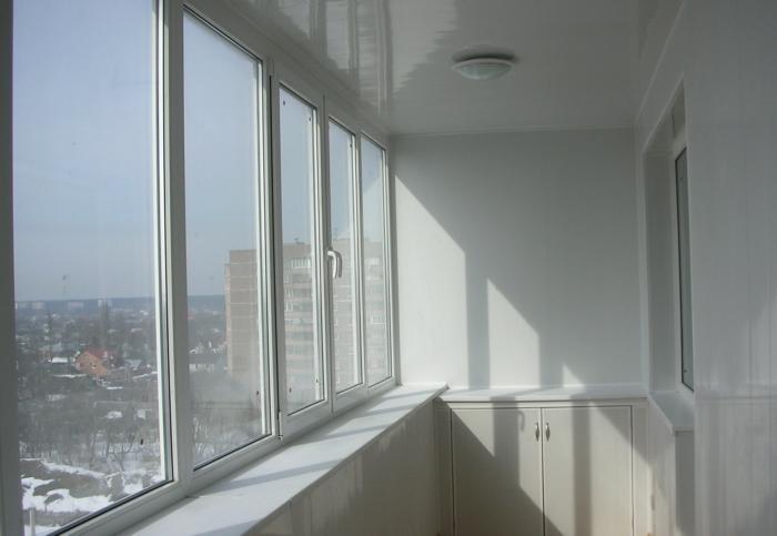 Остекление и отделка балконов производится только професс....